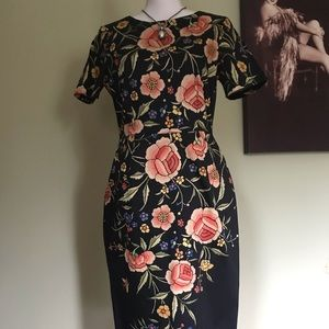Flattering gorgeous floral dress